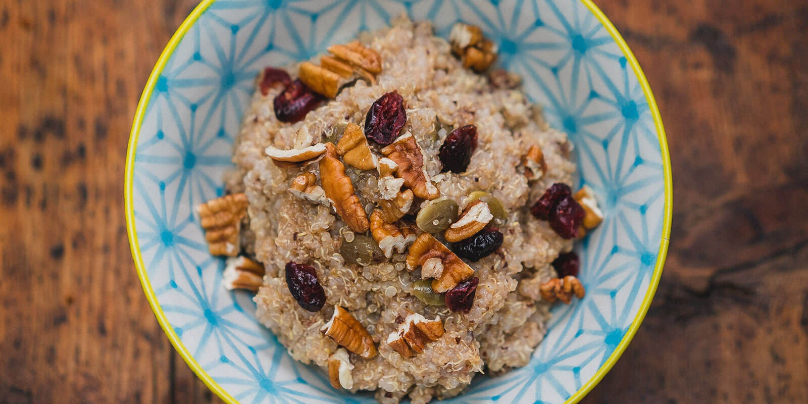 http://www.dreamplantbased.com/wp-content/uploads/2016/01/Quinoa_Maranatha_Breakfast_Porridge-1600x800.jpg