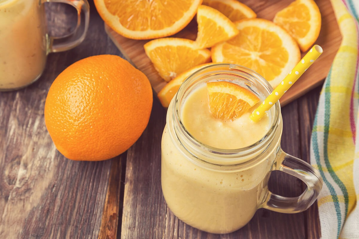 http://www.dreamplantbased.com/wp-content/uploads/2016/01/orange_smoothie-1200x800.jpg